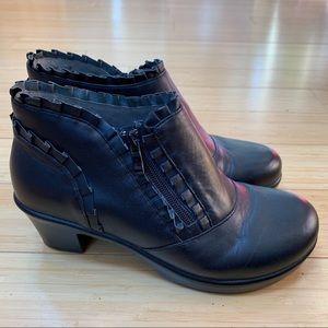 NEW! Alegria Hannah black Napa ankle boots, 38.